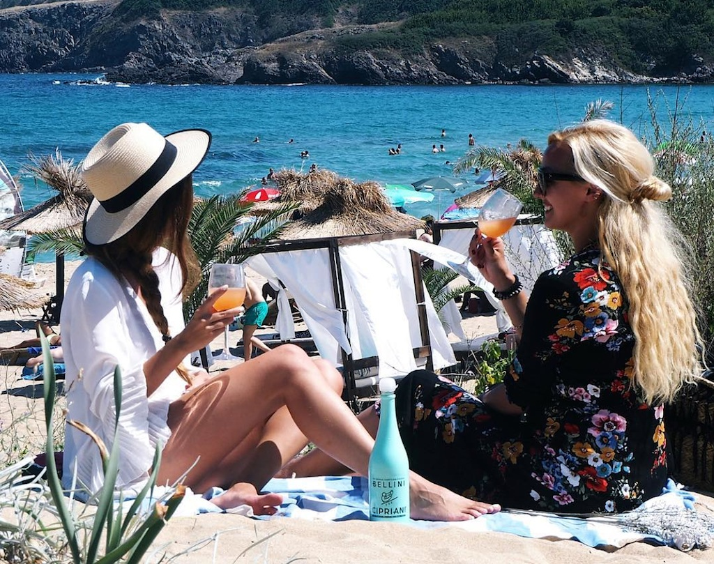 Bellini Wine Island